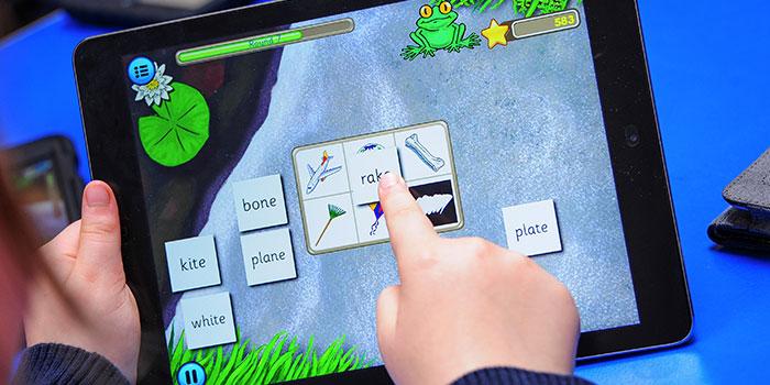 http://www.froggy-match-it.co.uk/wp-content/uploads/2016/09/Froggy-Match-it-6.jpg